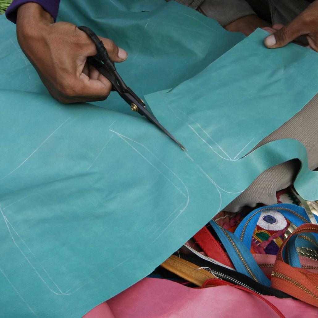 Very precise process completely handmade