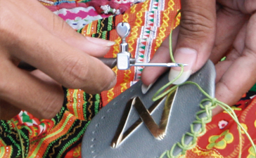 Making of Damai bags traditional Craftsmanship
